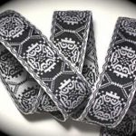 Black and white X reversible jacquard ribbon